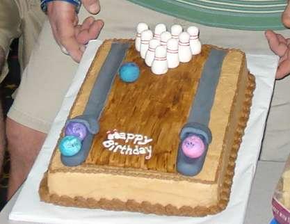 bowlingcake.jpg